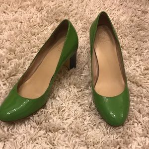Kate Spade green and blue patent shoes